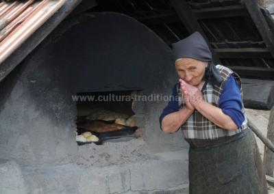 Felician Sateanu -  Vai, am ars colacii! - Babta