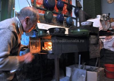 Felician_Sateanu - Fochistul casei - Sacel