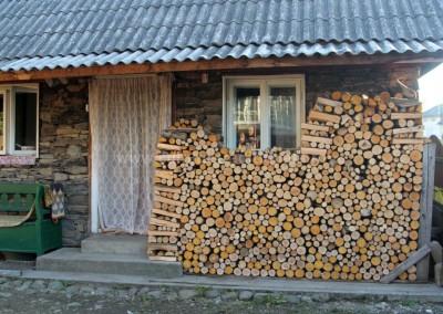 Nicolae Hauca - Pregatiti de iarna - Sapanta